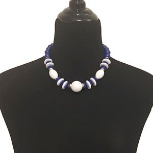 Vintage 1980's Blue & White Bead Choker Necklace